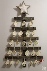 wall wooden advent