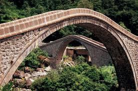 Şehirleri ve Aşkları Birbirine Bağlayan Anadolu'nun 7 Tarihi Köprüsü |  ListeList.com