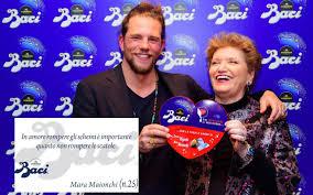 Le frasi d'amore di San Valentino di Mara Maionchi e Enrico Nigiotti sui  Baci Perugina – Tvzap