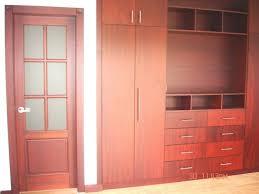 closet de madera lovely ideatumobiliario dormitorios closets