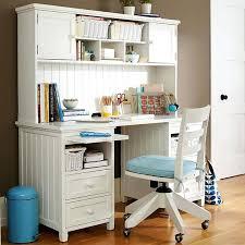 Girls bedroom desk Cute Desk For Teenage Girl Bedroom White Desks Girls Furniture Stores In Chicago Medifund Girls Bedroom Set With Desk Photo Furniture Stores Near Me