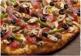 round table pizza mooney blvd