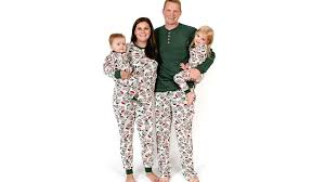 Jammin Jammies Size Chart 25 Holiday Pajamas For The Whole Family