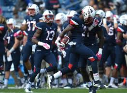 Sophomore Jamar Summers Quickly Finds His Rhythm In UConn Defense -  Hartford Courant