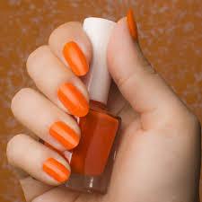 春は指先にhappyカラーオレンジネイルのおすすめデザイン Curet
