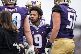 UW star running back Myles Gaskin misses first game of his UW career, but  Huskies hope to have him back 'soon' | The Seattle Times