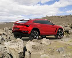 2018 lamborghini suv. delighful suv 2018 lamborghini urus suv driving through rocks in lamborghini suv