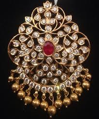 diamond pendants latest