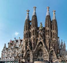 T he work is directly financed by donations made by visitors and the public, which explains its slow construction progress. Trouble Hits The Final Stages Of Gaudi S La Sagrada Familia Archdaily