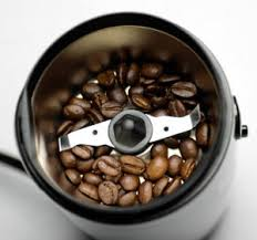 There are two types of burr grinders wheel grinders and conical grinders. Burr Vs Blade Coffee Grinder 10rate 2021