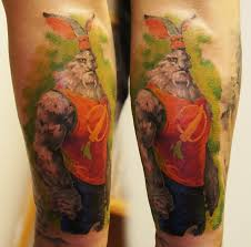 татуировки из кинофильма 300 спартанцев в стиле цветная плечо