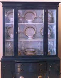 how to display china in a hutch