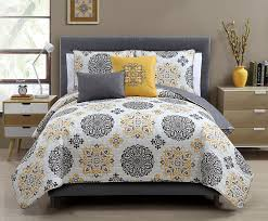 Amazon.com: Hayden Reversible Decorative 5-piece Quilt Set, Gray ... & Amazon.com: Hayden Reversible Decorative 5-piece Quilt Set, Gray (King):  Home & Kitchen Adamdwight.com