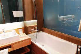 zimmer natur plus badezimmer