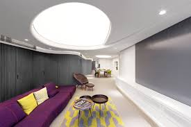 Unique Modern Residence With Curvilinear Walls And Artificial ...
