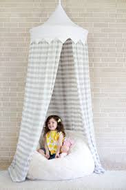 Homemade Bed Canopy Best 25 Diy Canopy Ideas On Pinterest Girls Bedroom Canopy Bed