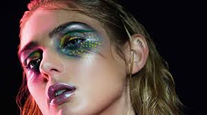 equal parts david bowie and glow that s gorgeous las of wrestling these scintillating glam rock makeup looks are not for the faint of heart