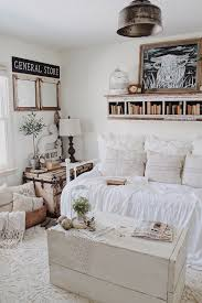 Guest Bedroom Cozy Farmhouse Daybed Fixer Upper Beach Haus