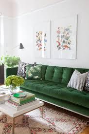 Shopping : un intérieur douillet en velours | Green velvet sofa ...