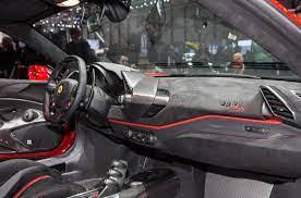 Sure, its design may not be as radical as the laferrari's, but the 488. Salone Di Ginevra 2018 Alcantara E Ferrari 488 Pista She Motori I Motori Al Femminile Lei Motori