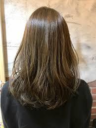 段無し重めのぱっつんロングは ツヤが出て髪が綺麗に見えます 毛先と