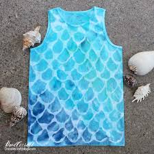 mermaid scales tie dye shirt diy tie dye your summer are you part of the mermaid craze i love the fish scale pattern so i am in i love everything beachy