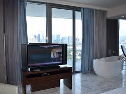 One Bedroom Suites Las Vegas Corner 1 Bedroom Suite Strip View 2 Homeaway Las Vegas