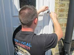locksmith working. Our Locksmith Working On A Door In Erith