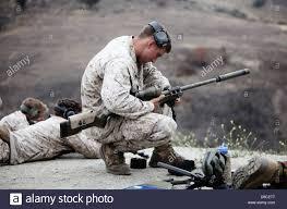 Us Marine Corps Scout Sniper Mit 1 Marineabteilung Bereitet Eine