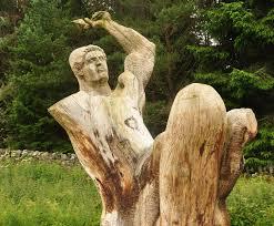 File:Frank Bruce Sculpture Park - The Onlooker.jpg - Wikimedia Commons