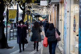 Zona rossa a Natale, nel nuovo Dpcm solo due parenti e niente amici: le  regole e le date per le visite - Giornale di Sicilia