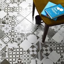 malone black white tiles