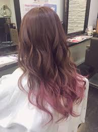 肌色美アップピンクアッシュのヘアカラースタイルおすすめまとめhair