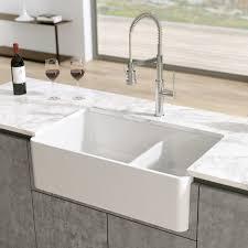 Latoscana 33 Double Bowl Fireclay Farmhouse Apron Sink White