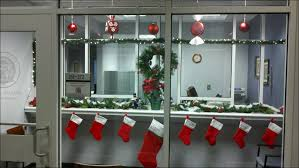 office christmas decorations ideas brilliant handmade workstations. 29 Office Christmas Decoration Ideas Themes 1000 Images About Fice On Pinterest Snow Decorations Brilliant Handmade Workstations