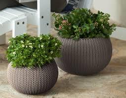 Cozie 2-Piece Plastic Pot Planter Set