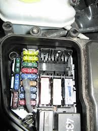 2006 vw jetta wiring diagram images 2006 jetta battery fuse box besides 2000 vw jetta fuel pump relay