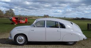tatra t600 tatraplan tatra t600 tatraplan factory prepared racing tatraplans usually painted yellow or grey had sealed rear doors out handles to lighten and stiffen the car and engines