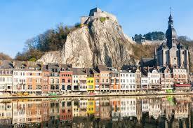 「ベルギー  田舎  城 景観 無料画像」の画像検索結果