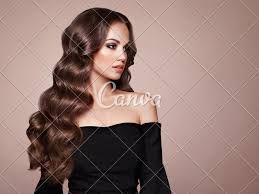 Curly Hair Designs Brunette Woman With Curly Hair Photos By Canva