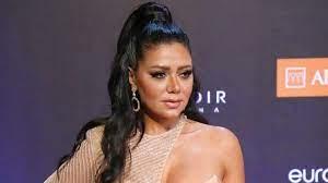رانيا يوسف لمُنتقديها: 'ناس مريضة' (فيديو)