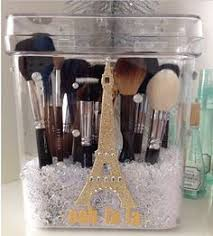 makeup brush storage inspiration