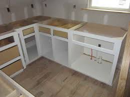 charmant do it yourself kitchen cabinets plans