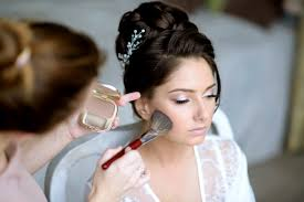 learning bridal makeup with makeup courses