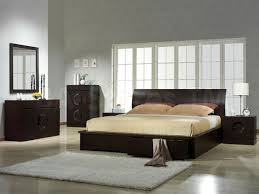 How To Make A Small Bedroom Look Bigger Decorations How To Deal With A Small Bedroom How To Deal With A