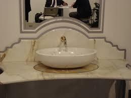 Bagni in marmo bernardini marmi