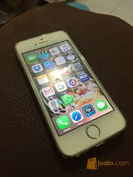 iphone 5s gold. iphone 5s gold 16gb handphone apple 4397771