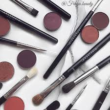 makeup brushes pinterest. discover the latest in pro brushes at anastasia beverly hills. explore our unrivaled selection of beauty products and makeup hills pinterest