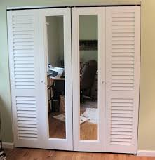 louvered mirrored bifold doors