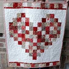 Such a cute Valentine quilt. Simple to make, even without a ... & Such a cute Valentine quilt. Simple to make, even without a pattern. This Adamdwight.com